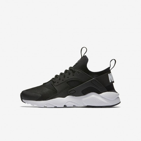 Nike Air Huarache Ultra Lifestyle Shoes Boys Black/White 847569-002