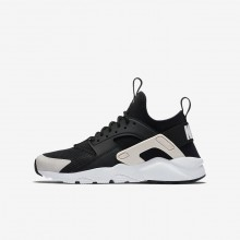 Nike Air Huarache Lifestyle Shoes For Boys Black/White/Barely Rose 847568-010